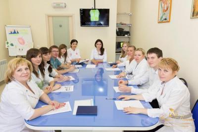 klinika lecheniya golovnih boley komanda