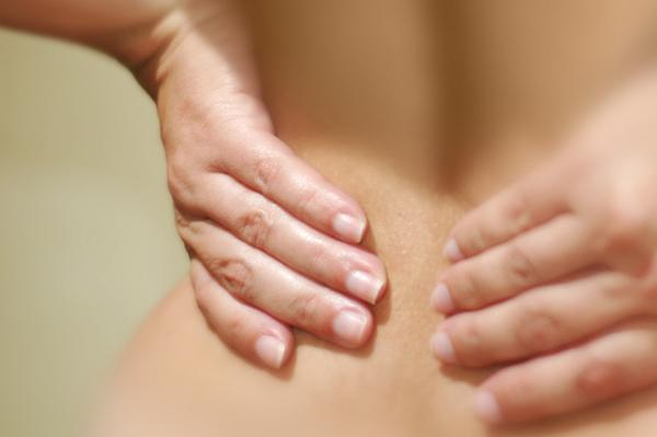боли в спине лечение
